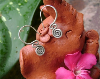 Silver Spiral Earrings - The Sassy Lines(4)