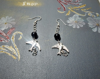 Bird Earrings, Bird jewellery, swallow earrings, bird dangle earrings, Vintage style bird jewellery