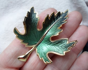 Vintage 1960s Green Gold Tone Brooch Maple Leaf Pin Fall/Autumn