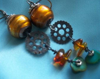 Steampunk Earrings, Turquoise earrings, Amber, Luster beads, gears, Steampunk, Time Travel, Geek, Fantasy, Costume, Cosplay, Free Ship