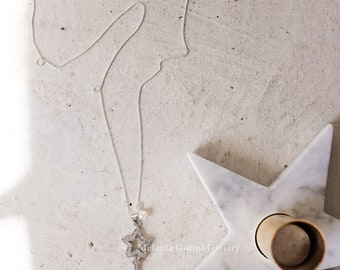 STAR Necklace-Minimal 925 sterling silver necklace with key pendant, star shape, cubic zirconia and fresheater pearls-Made in Tuscany