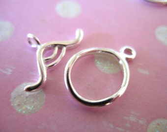 Shop Sale.. 925 Sterling Silver Toggle Clasp, Squiggly Oval, 1 pc, 15.5x10.5 mm, medium, high polish..artisan wholesale.. sale.  t7..