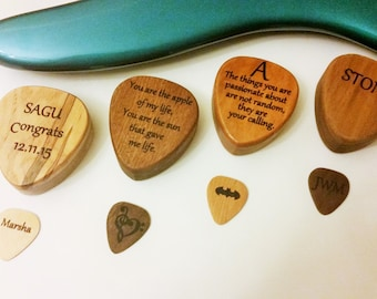 Ordinaire Personalized Engraved Wooden Guitar Pick Box, Personalized Guitar Plectrum  Box,Pick Storage,Guitar