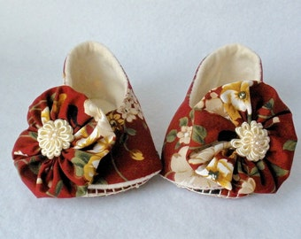 Baby Shoes, Girls Hand Stitched Booties, Fall Floral Print, Rich Marsala Wine Print, Hand Sewn, Ruffle Trim