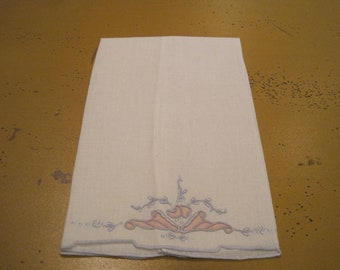 Vintage Appliqued and Embroidered Linen Guest Towel