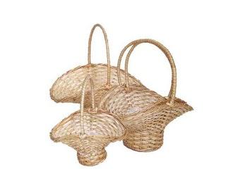 Set of 4 wicker baskets bridemaids flowergirl wedding