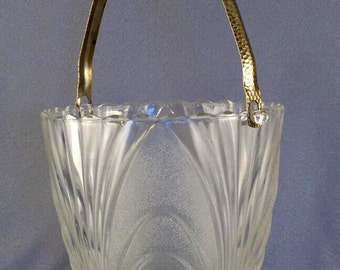 SALE Vintage Glass Ice Bucket // Cambridge Glass // Hammered Brass Handle // Retro Barware // Alpine Caprice Pattern  ***WAS 23.00