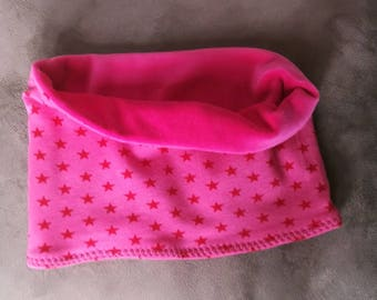 Snood for children and matching mittens set