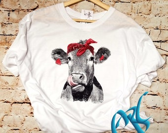 Cow Kisses, Funny Ladies T-Shirt- Moo Cow Funny Tee- Funny Ladies Shirt- Cow Shirt- Surprise, Cow lover, Cow Tee