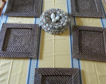 Set of 6 plates presentation Wicker braided, square shape, dark brown color, vintage 80s, France, Bohemian spirit, slow life