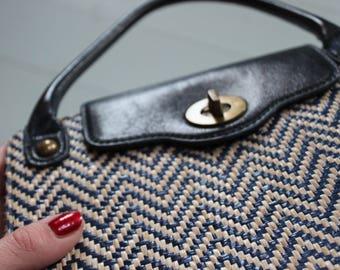 Edina Ronay London 60s Mod Op Art Vegan Straw Handbag Bag Blue White