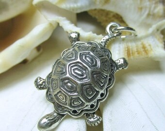 ON SALE Sterling Silver 3D Turtle or Tortoise Charm Pendant 3.24g