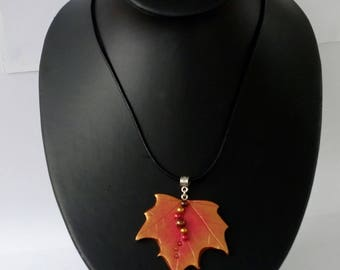 Autumn leaf necklace, Sycamore leaf pendant, leaf pendant, autumn jewellery, leaf jewellery, leaf necklace, woodland jewellery, autumn leaf