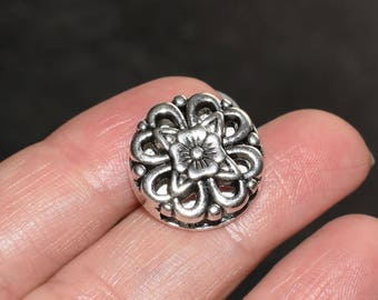 10 beads for flat leather or cord - silver metal flower