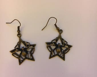Star spider web earrings