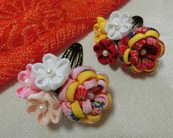 "Handmade Japanese Traditional ""Tsumamizaiku"" Hair clips"