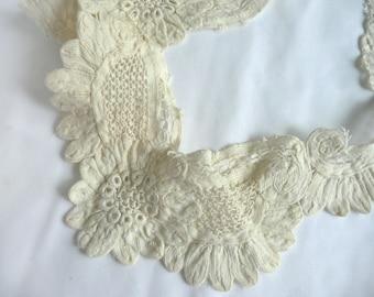 Antique lace collar - French lace collar - antique guipure lace collar - cream guipure lace - French guipure lace - Edwardian lace