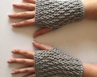 Crochet Fingerless Gloves   Light Grey   iGlove v1.0