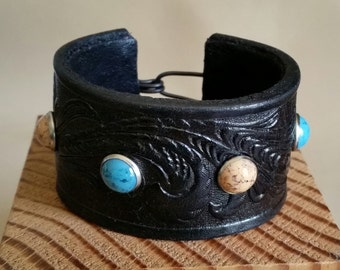 SMALL STUDDED CUFF Tooled Embossed Black Leather Bracelet with Turquoise, Coral Studs. Womens Western Leather Wristband. Small Size Cuff
