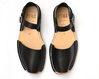 Women's black buckle sandals