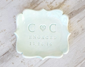 Personalize ENGAGEMENT RING HOLDER Engaged Ring Dish Monogram Ring Dish Engagement Gift Custom Pottery Plate Engraved Ceramic Jewelry Tray