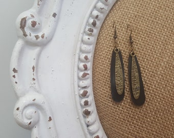 Recycled and bronze earing