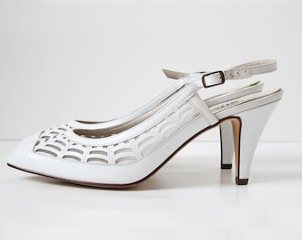 Vintage 1980s white cutout leather slingback pump high heel shoes