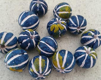 2 beads of clay hand painted 14mm round