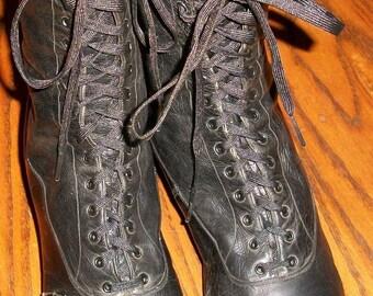 Edwardian Black Laceup Boots - Size 8