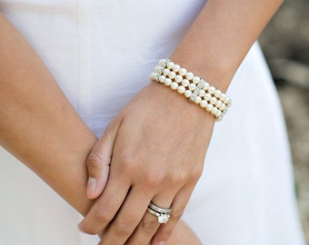 bridal bracelet, Pearl Bridal bracelet, Bridal Classic bracelet, Vintage Style, classic rhinestone bracelet, Wedding Pearl bracelet, FATIMA