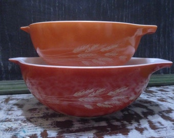 Vintage Pyrex Autumn Harvest Cinderella Bowl Set
