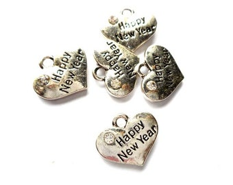 5 Antique Silver Happy New Year Heart Charms - 27-22-2