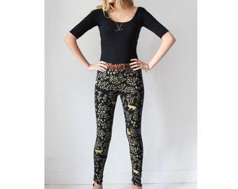 Floral Leggings - Hand Printed - Organic Cotton Leggings - High Waisted Leggings - Cat Leggings - Thief and Bandit®
