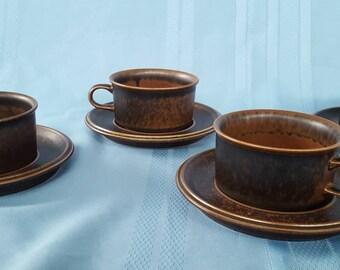 Arabia Finland Ruska set of 4 tea cups and saucers. Design by Ulla Procope.
