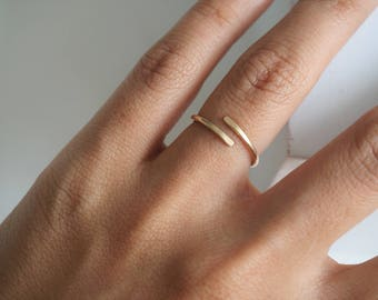 Simple Gold Ring . Dainty Gold Ring . Minimalist Ring . Rose Gold Line Ring . Silver Stacking Ring