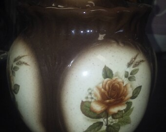 Cookie Jar / Canister Vintage Brown with beautiful floral Design