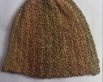 Stocking hat in shades of gold