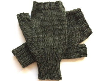 Texting Gloves for Men, Teen Boys, Handknit Fingerless Gloves, Hand Warmers, knitted gloves, men's mitts, moss green heather, size M/L