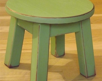 "Reclaimed wood/ Painted/ riser/ round stool/ step stool/ foot stool/ green/8"" to 10"" H"
