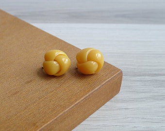Vintage 50's Butterscotch Yellow Knot Screw Back Earrings