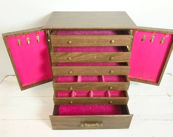 Vintage Extra Large Standing Jewelry Box With Bright Pink Velvet Interior