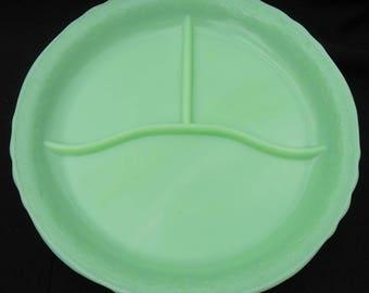 McKee Laurel Divided Plate JADEITE