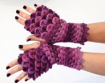 READY TO SHIP - Dragon Scale Gloves - Fingerless Petunia Purple wrist hand arm warmers women crochet game of thrones khaleesi