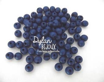 25 wooden Navy Blue 8 mm beads