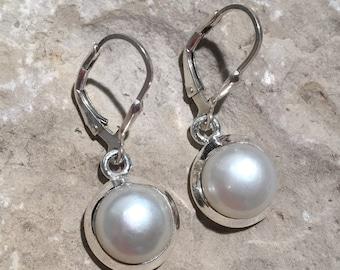 Pearl Earring, Silver Earring , Fresh water pearl Earring , Handmade Earring ,Dangle Earrings , Bridal Jewelry...
