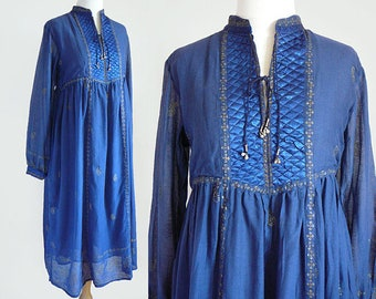 70's India Cotton Gauze Semi Sheer Bohemian Quilted Satin Caftan Tent Dress in Blue and Gold Paisley Floral Print / Vintage Deadstock S M