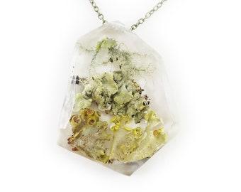 Geometric Terrarium Eco Resin Lichen Necklace • Nature Necklace • Botanical Necklace • Terrarium Jewelry • Nature Jewelry • Resin Jewelry