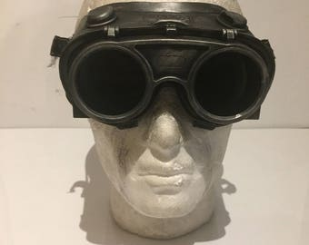 Steampunk Flip Top Goggles, Apocalypse Mad Professor Retro Cosplay Welding Goggles With Burning Man & Mad Max Style Suit Fancy Dress