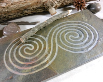 LABYRINTH STONE, Continuous Spiral, New Grange - Finger Maze Meditational Tile - Carved Natural Slate Stone