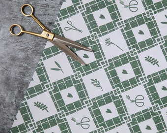 Luxury Gardening Gift Wrap Pack - Wrapping Paper and Tags